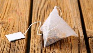 Ученые нашли опасность в чайных пакетиках: они выделяют миллиарды частиц пластика