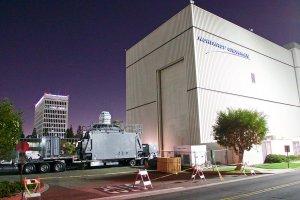 США поставят на корабль первый в мире боевой лазер