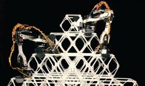 Робот научился собирать кубоктаэдры и двигаться по ним - это можно использовать для строительства космических станций