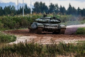 Уралвагонзавод поставил Минобороны РФ танки Т-72Б3