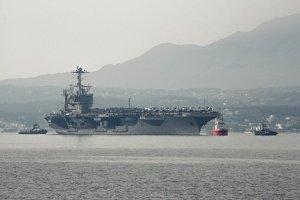 """Атомный авианосец ВМС США """"Гарри Трумэн"""" вошел в Средиземное море"""