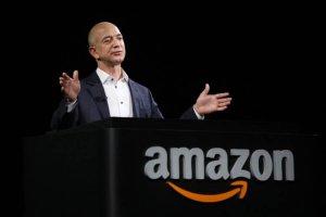 Основателя Amazon взломали через WhatsApp. Могут и вас