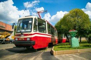 На Невском заводе электрического транспорта установили два новых рекорда