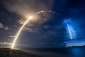 SpaceX успешно вывела на орбиту еще 58 спутников системы Starlink