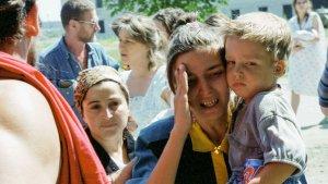 """""""Казалось, началась война"""": хроника кровавого теракта в Буденновске"""