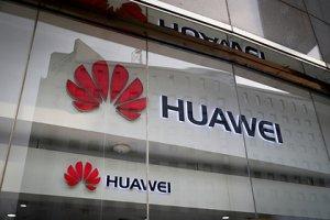 Трамп временно разрешил Huawei