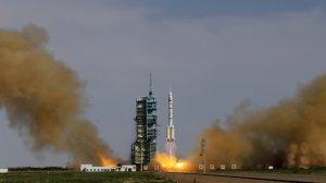 Многоразовый космический аппарат КНР вернулся на Землю