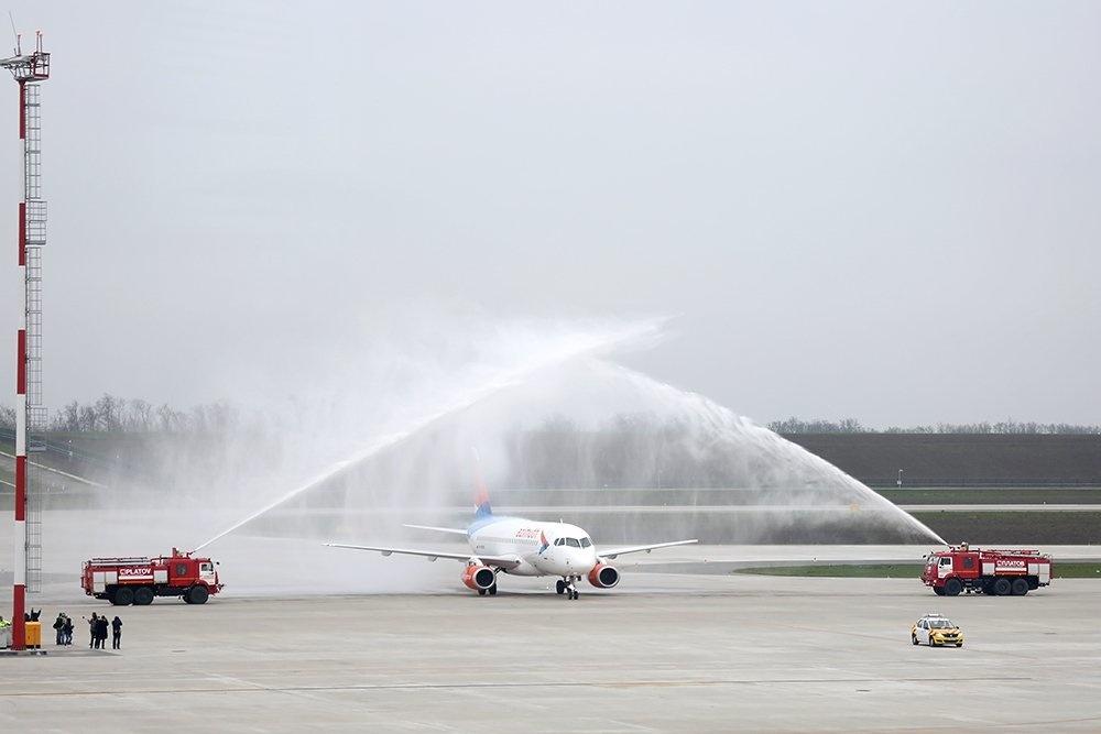 Озвучены цены наплатную парковку ваэропорту «Платов»