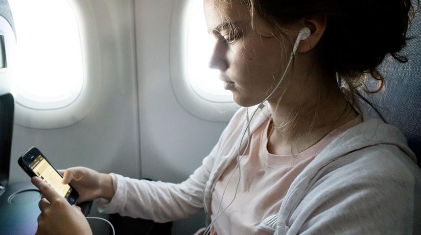 Стало известно, когда в российских самолетах появится бесперебойный Wi-Fi