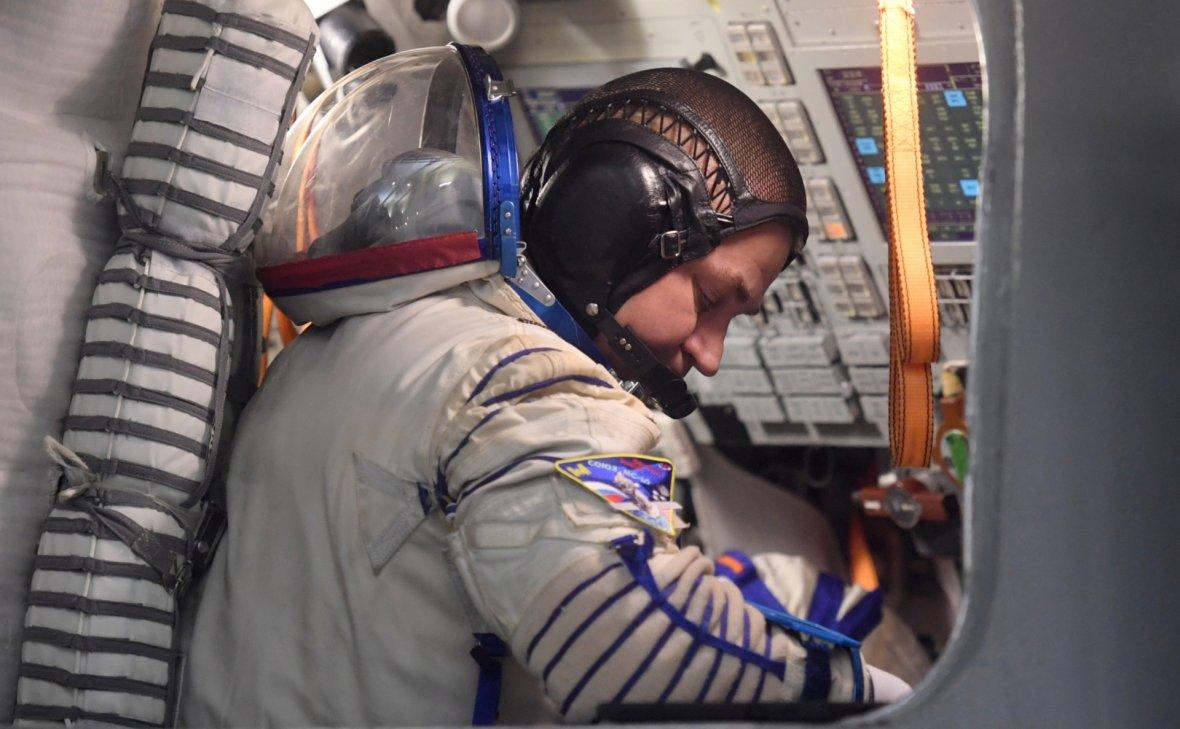 """Экипаж МКС выйдет в космос и вскроет обшивку """"Союза"""" из-за дыры"""