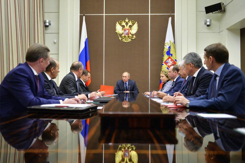 Путин: Россия разрабатывает лазерное и гиперзвуковое оружие