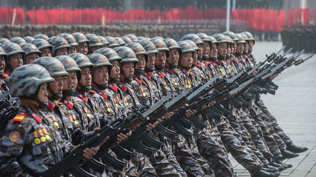 """""""Десятикратный отпор США"""": Более трех миллионов граждан КНДР решили добровольно вступить в армию"""