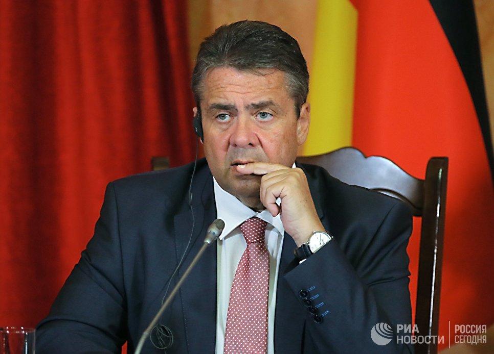 Глава МИД ФРГ выступил за вывод американского ядерного оружия из Германии