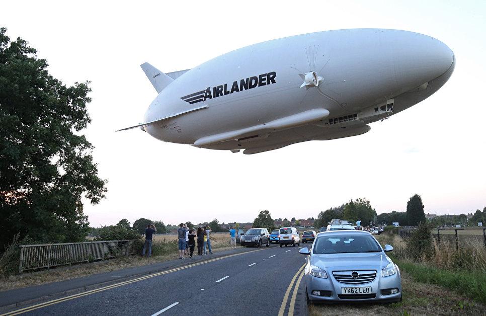 Крупнейшее воздушное судно в мире потерпело крушение в Великобритании