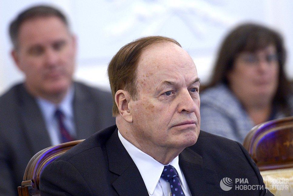 """[""""Возобновить диалог""""] Американский конгрессмен призвал рассматривать Россию как супердержаву"""