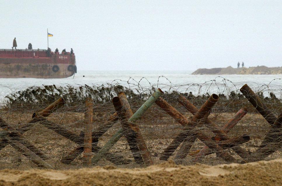 Украина закроет часть Азовского моря из-за учений, заявил журналист