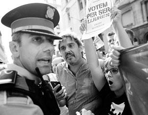"""Испания силой подавляет """"каталонскую весну"""""""