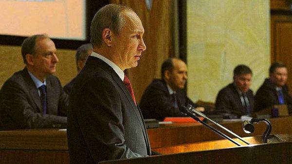 """Путин выступил с крайне любопытной речью перед офицерами ФСБ: """"Россия на пороге кардинальных изменений"""""""