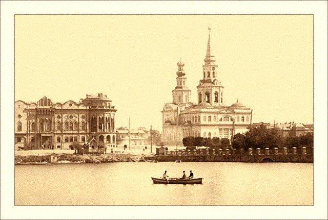 Власти Екатеринбурга отказались от строительства храма в сквере после опроса