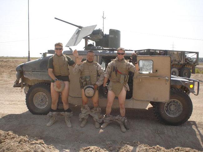 Солдаты НАТО в Прибалтике - спасители или дебоширы, насильники и убийцы?