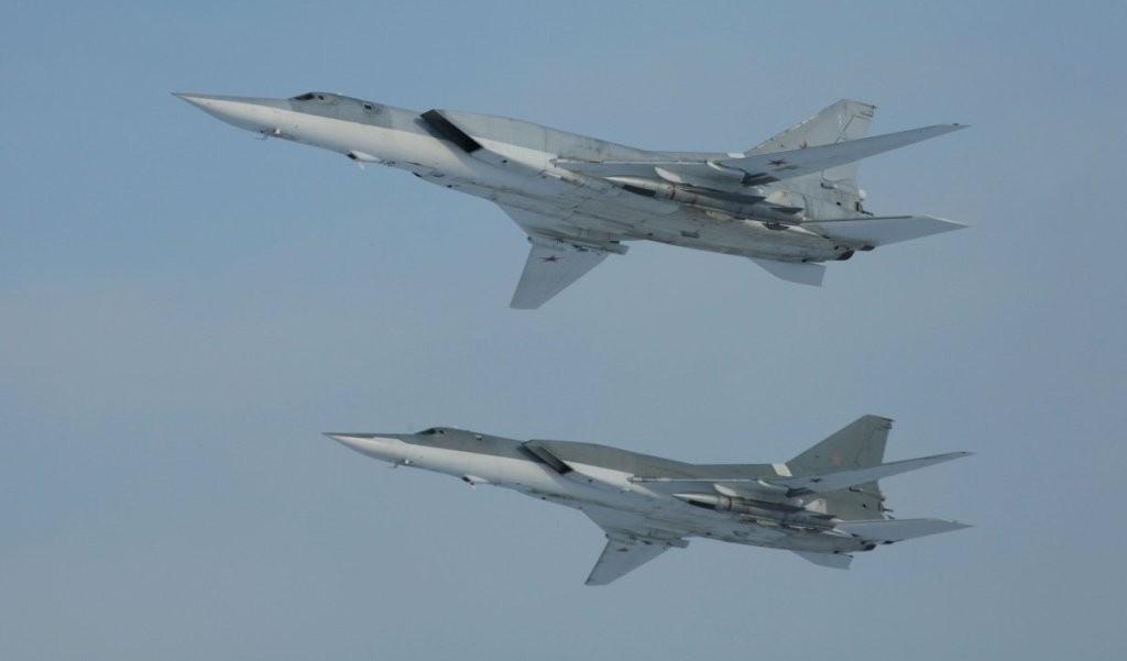 Шесть дальних бомбардировщиков Ту-22м3, вылетевшие из РФ, нанесли удар по ИГИЛ в провинции Дейр-эз-Зор в Сирии - Минобороны РФ