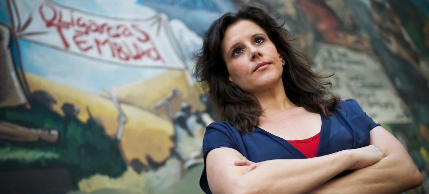 Ева Голинджер: есть высокая вероятность того, что президент Чавес был убит