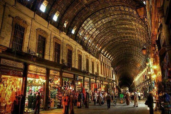 В Алеппо возобновил работу крупнейший в мире крытый рынок Аль-Мадина