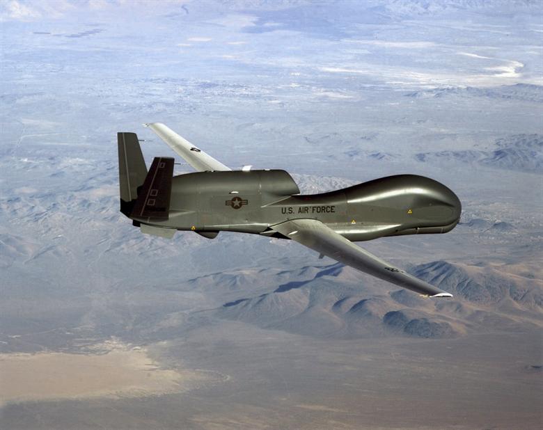 Американские самолеты провели тщательную разведку вблизи российских баз в Сирии