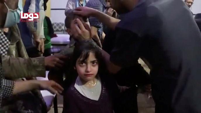 Инспекторы ОЗХО эксгумируют тела жертв предполагаемой химатаки в Думе