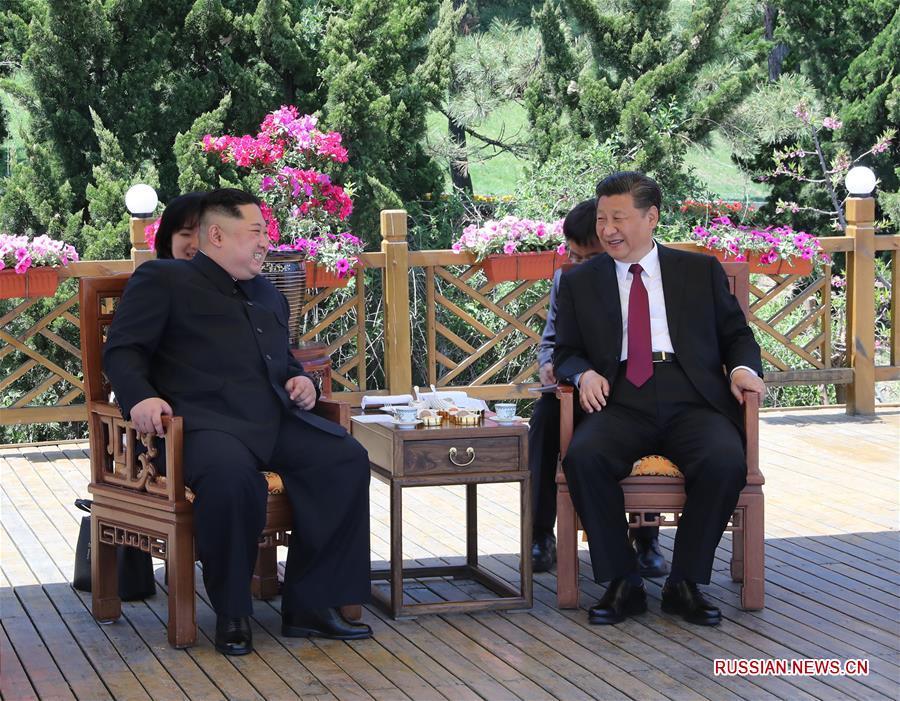 Си Цзиньпин встретился с Ким Чен Ыном в Даляне