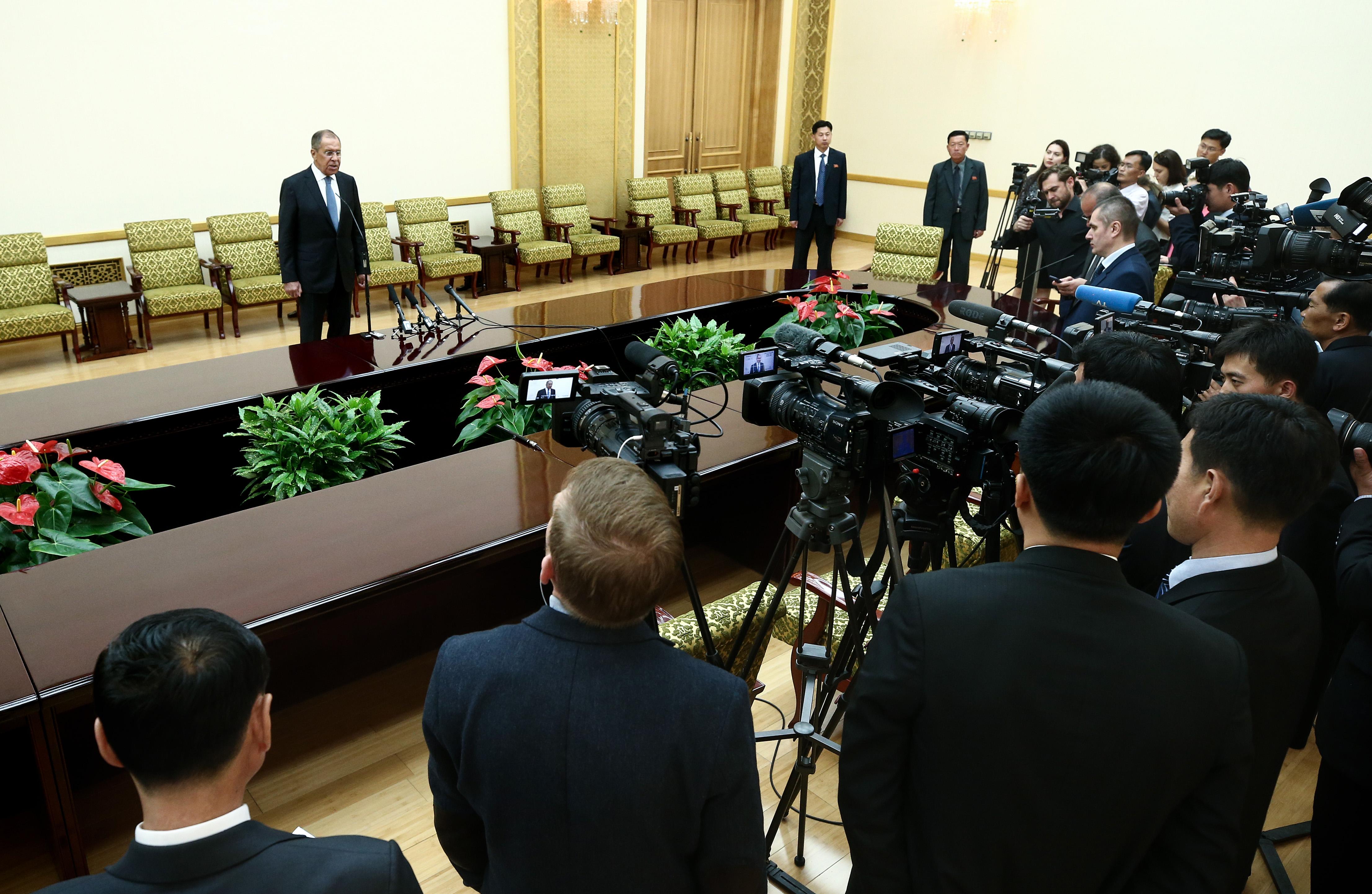Выступление и ответы на вопросы СМИ С.В.Лаврова по итогам переговоров с Министром иностранных дел КНДР Ли Ён Хо, Пхеньян, 31 мая 2018 года