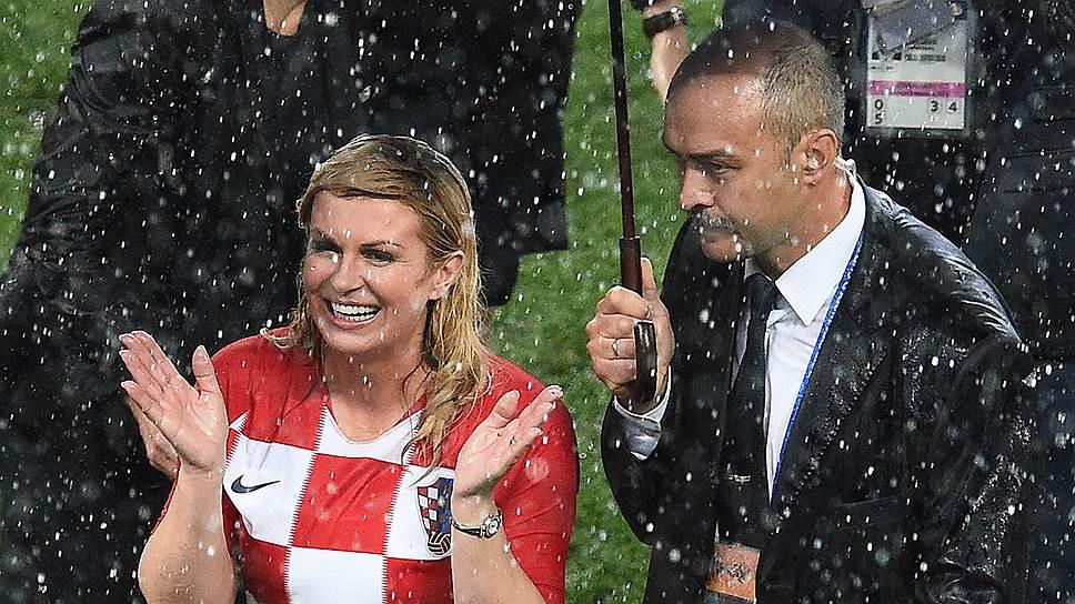 Президент Хорватии не жалеет, что оказалась без зонта на финале ЧМ-2018