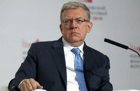 Кудрин посоветовал не торопиться с переходом на рубли в международных расчетах