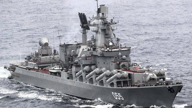 """Российский крейсер """"Маршал Устинов"""" прибыл в Кейптаун, где примет участие в первых совместных учениях с кораблями ЮАР и КНР"""