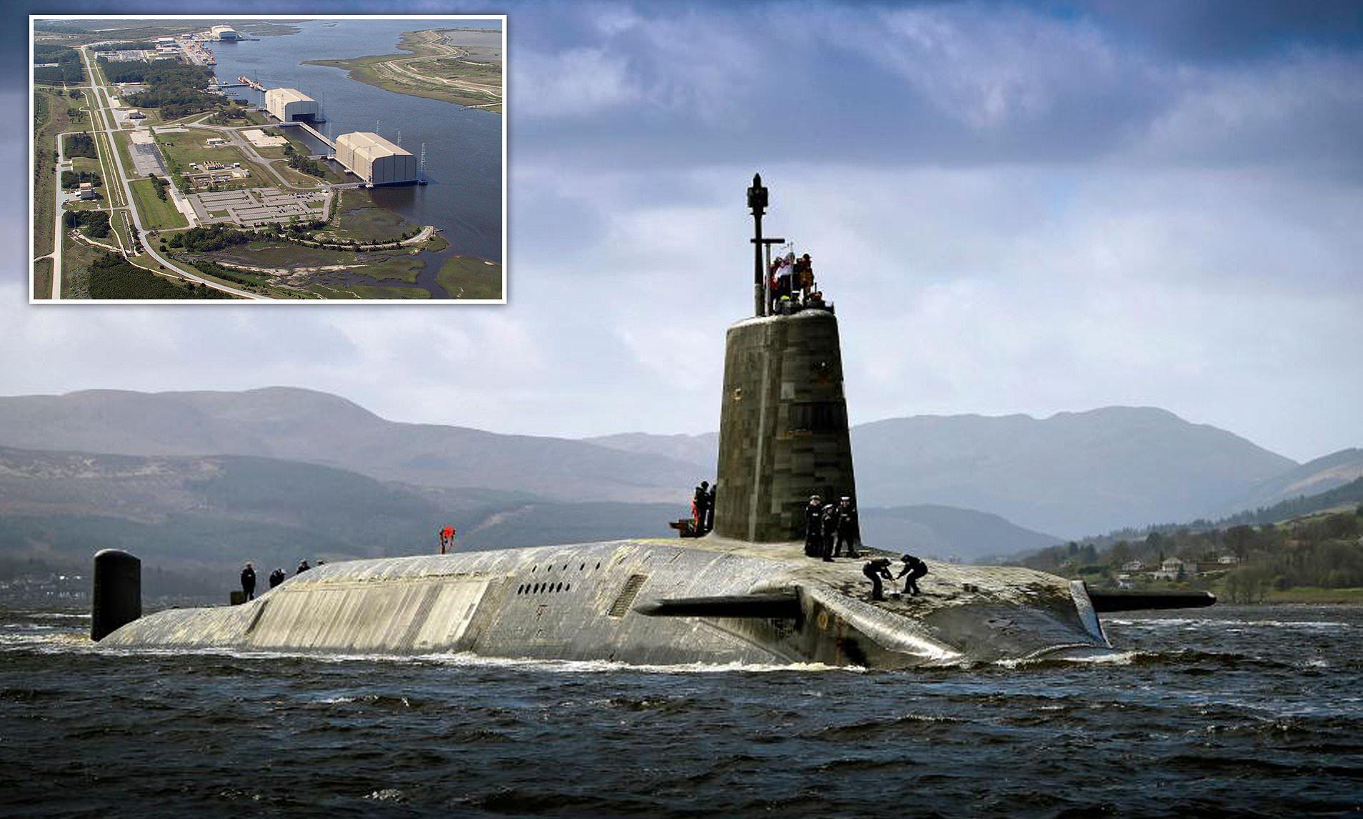 На британской стратегической подлодке произошла вспышка COVID-19 после посещения базы ВМС США