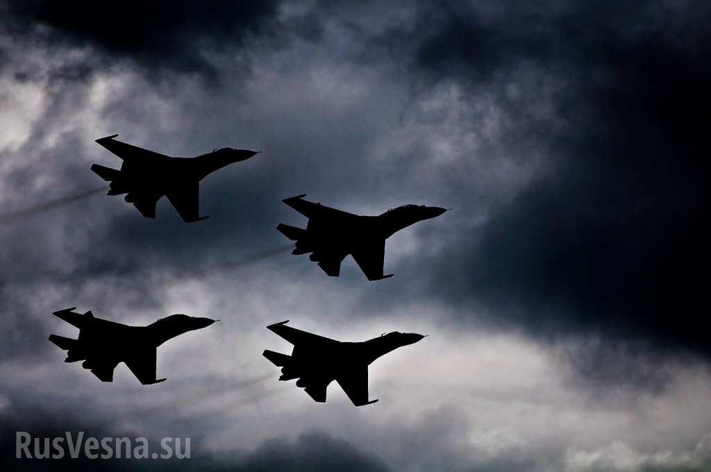 ВКС РФ пролетели над Турцией и разгромили базы боевиков в Идлибе - очевидцы
