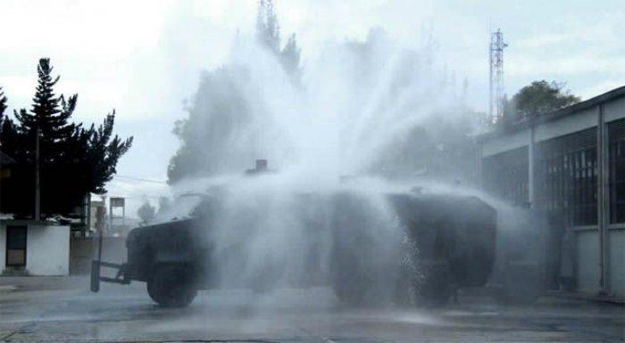 США приобретут для Украины 60 машин для разгона демонстрантов