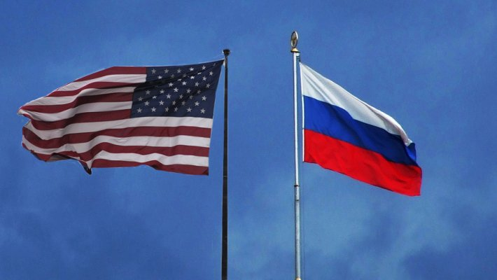 """""""Закрыть посольство за ненадобностью"""": россияне ответили на предложение США получать визы за рубежом"""