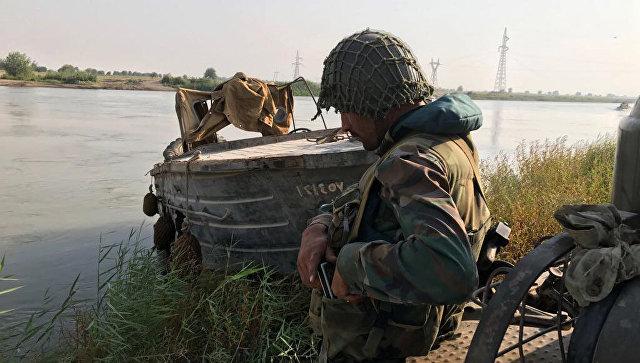Сирийская армия при поддержке ВКС форсировала реку Евфрат у Дейр-эз-Зора