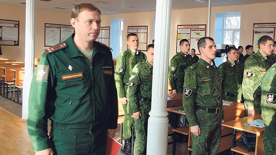 Расследование рекордной взятки в истории Министерства обороны (Чиновник Минобороны арестован за особо крупные взятки от коммерсантов)