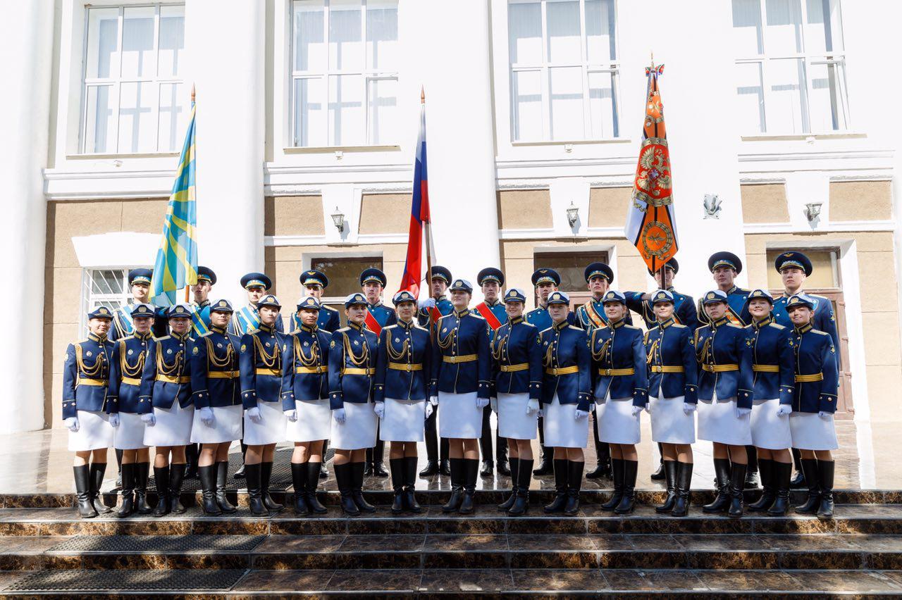 Первые в истории современной России девушки-курсантки Краснодарского военного летного университета приняли присягу