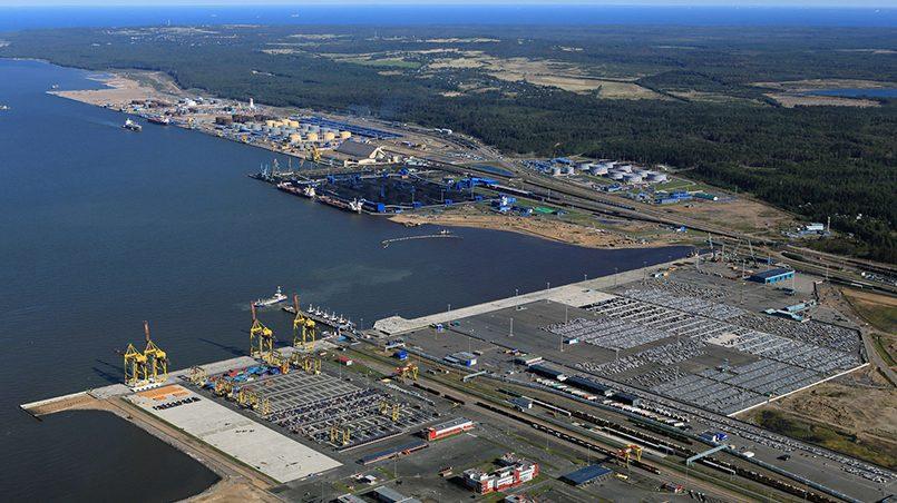 """Белорусский концерн """"Белнефтехим"""" подписал контракт о переправке своей нефтепродукции в обход Прибалтики, через российские морские порты"""