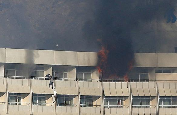 При атаке на отель в Кабуле погибли украинские пилоты