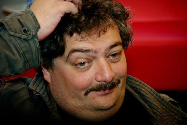 Писателя Быкова уличили в подделке интервью с пожилой вдовой диссидента