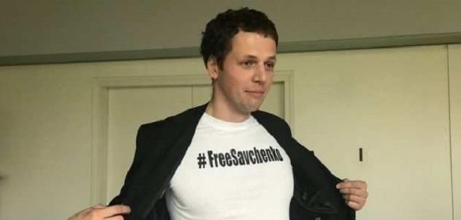 Российские журналисты пришли на сессию ПАСЕ в футболках #FreeSavchenko