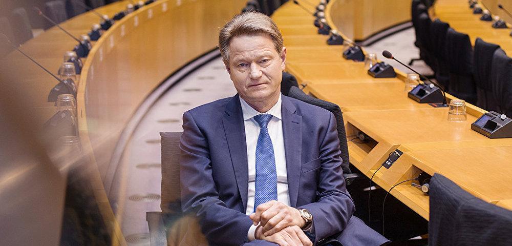 Экс-президент Литвы: страна пошла на поводу у США и закрыла глаза на права человека