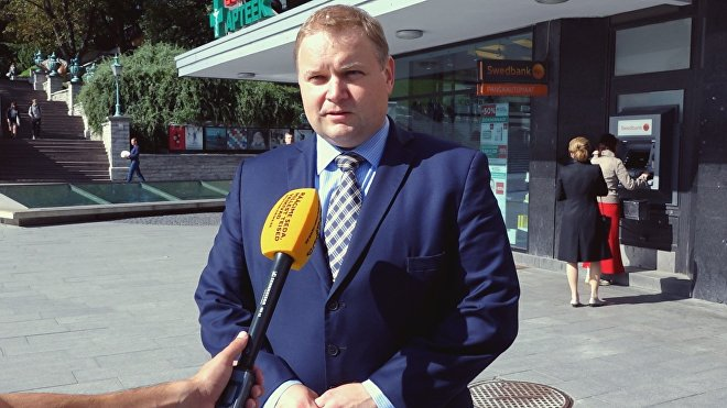 В Эстонии журналиста из Беларуси лишили аккредитации на конференции Мери за русский язык ?