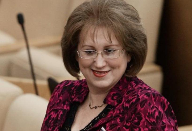 Депутат Госдумы Вера Ганзя пожаловалась на маленькую зарплату в 380 тысяч рублей