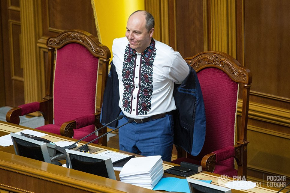 Украине запретили бесплатно говорить по-русски