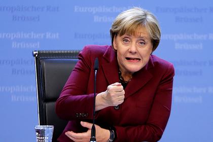 Меркель обвалила евро